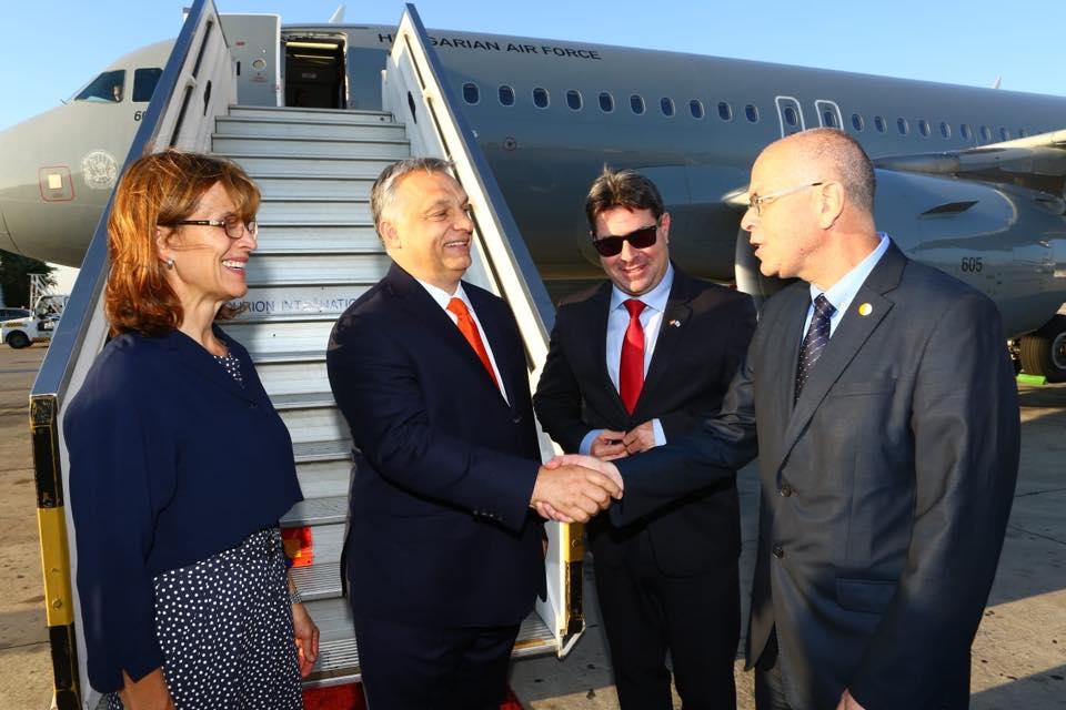 Orbán Izraelben: Kritikus sajtó, dühös ellenzék, lelkes kormány