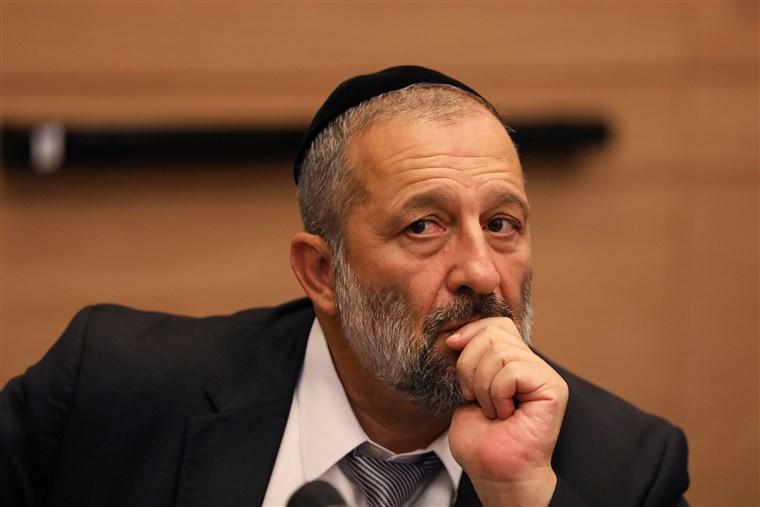 Izraeli üzletemberek és muzulmán zarándokok mehetnek csak Szaúd-Arábiába