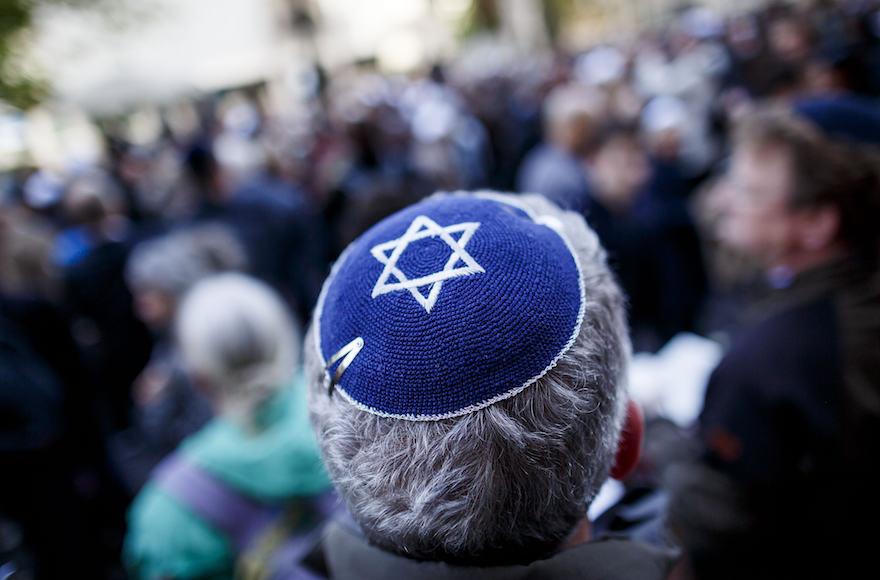Nem javasolja a kipa viselését a német antiszemitizmus elleni kormánybiztos