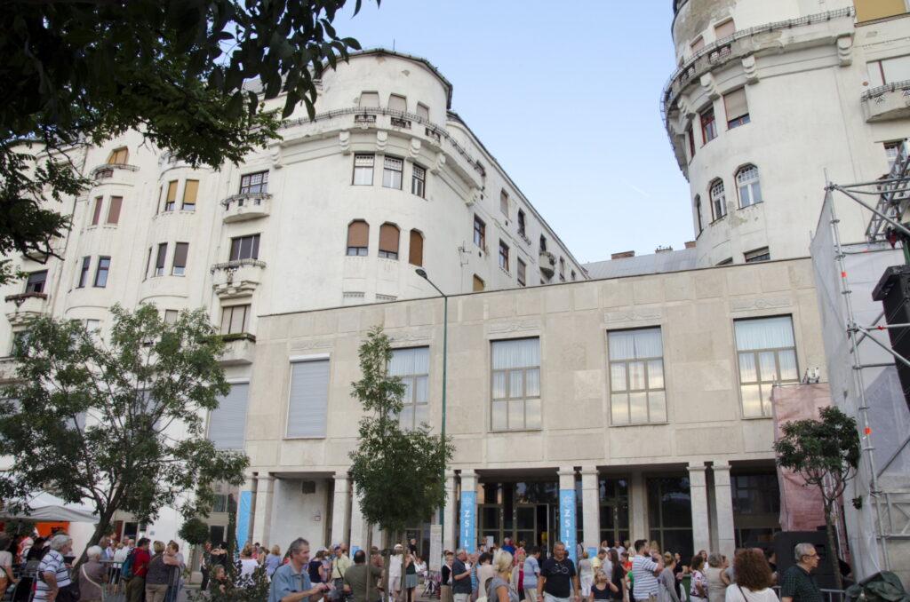 Tóraavatás, Zsilip-megnyitó, rabbi-avatás