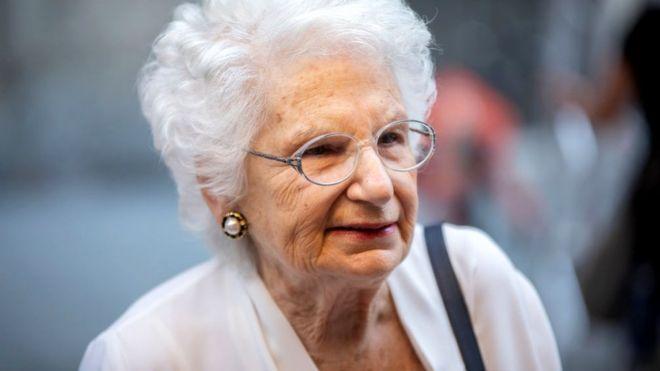 Végül a jobboldali pártok elítélték az olasz holokauszt-túlélőt ért támadásokat