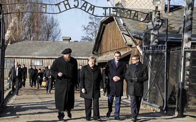 Merkel az auschwitzi emlékhelyre látogatott