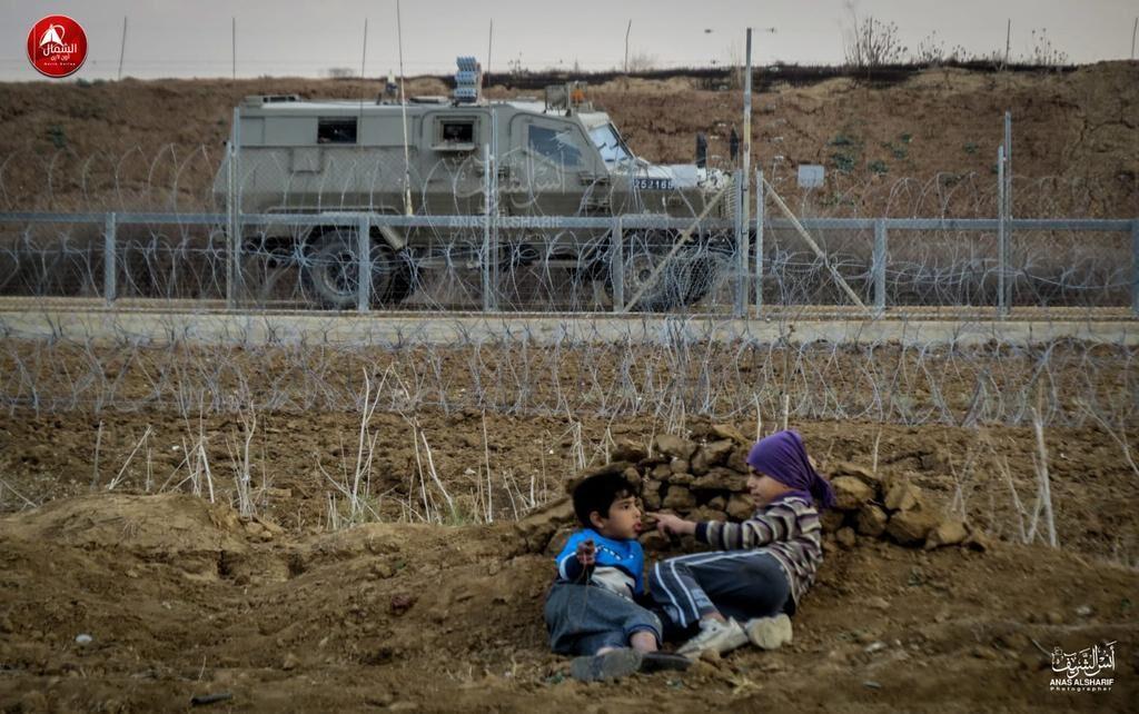 Újraindultak a zavargások a gázai határnál