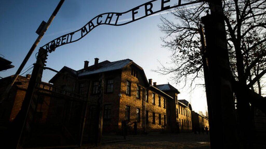 Európai püspökök ítélik el az antiszemitizmust és a történelemhamisítást