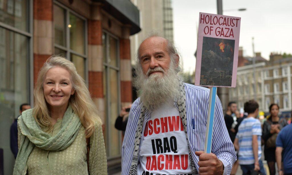 Szélsőjobb és szélsőbal együtt tagadják a Holokausztot