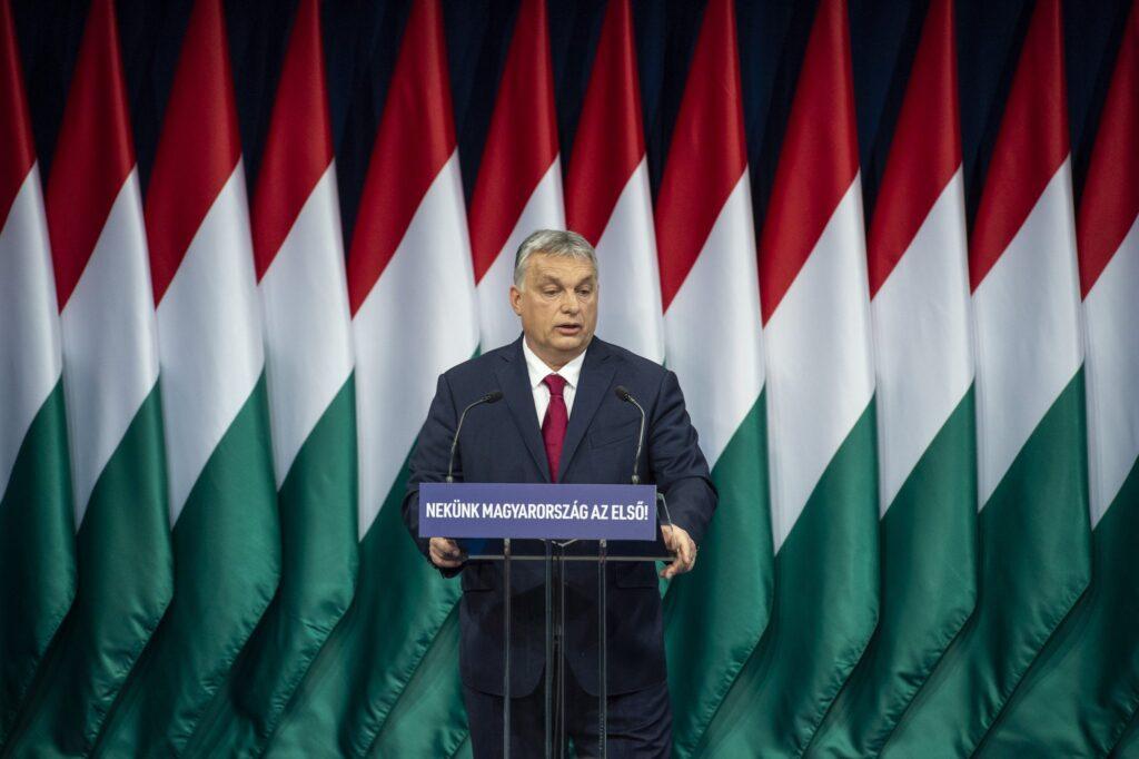 """Orbán Viktor: """"Saját szememmel láttam, hogy Soros György háromszor próbálta meg kifosztani Magyarországot"""""""