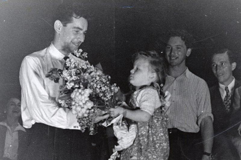 Leonard Bernstein és egy magyar csellista lágerkoncertjei
