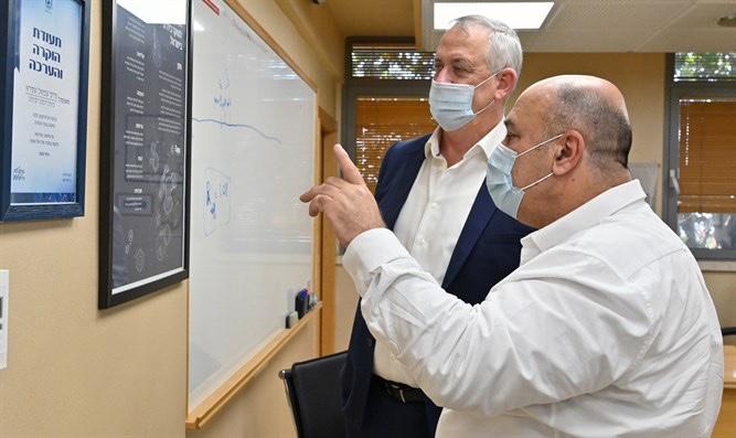 Izrael: októberben kezdődik a COVID-19 vakcina tesztelése embereken