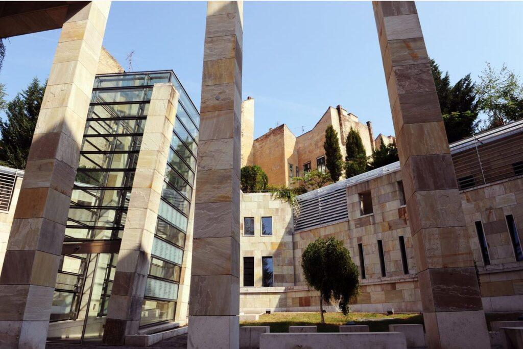 A Magyarságkutató és a Veritas együttműködési megállapodást köt a Holokauszt Emlékközponttal?