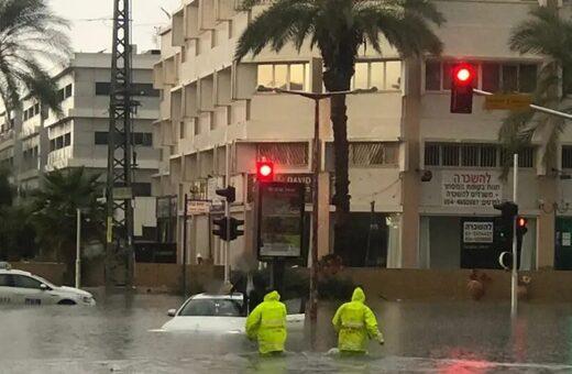 Hatalmas eső okozott károkat Izraelben