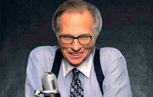 Meghalt Larry King, a CNN legendás műsorvezetője