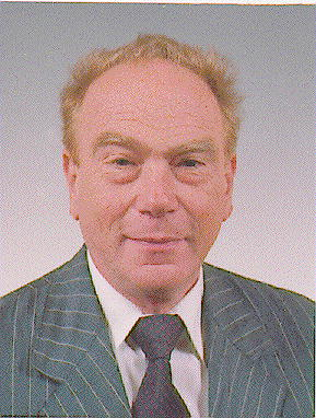 Elhunyt Timár György