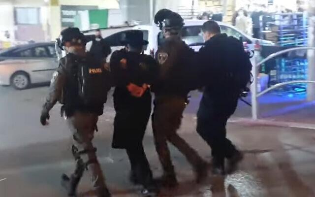 Izrael: Összecsapások a zárlatszegő ultraortodoxok és a rendőrök között