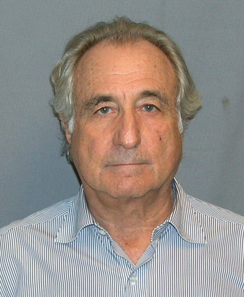 Meghalt Bernie Madoff   Szombat Online