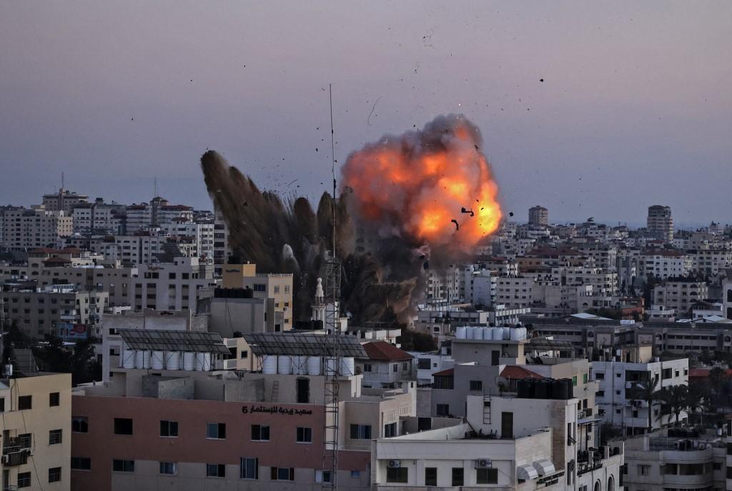 """""""Ez a legtöbb, amit ebben a helyzetben tehettek"""" – Izraeli csapások a Hamaszra   Szombat Online"""
