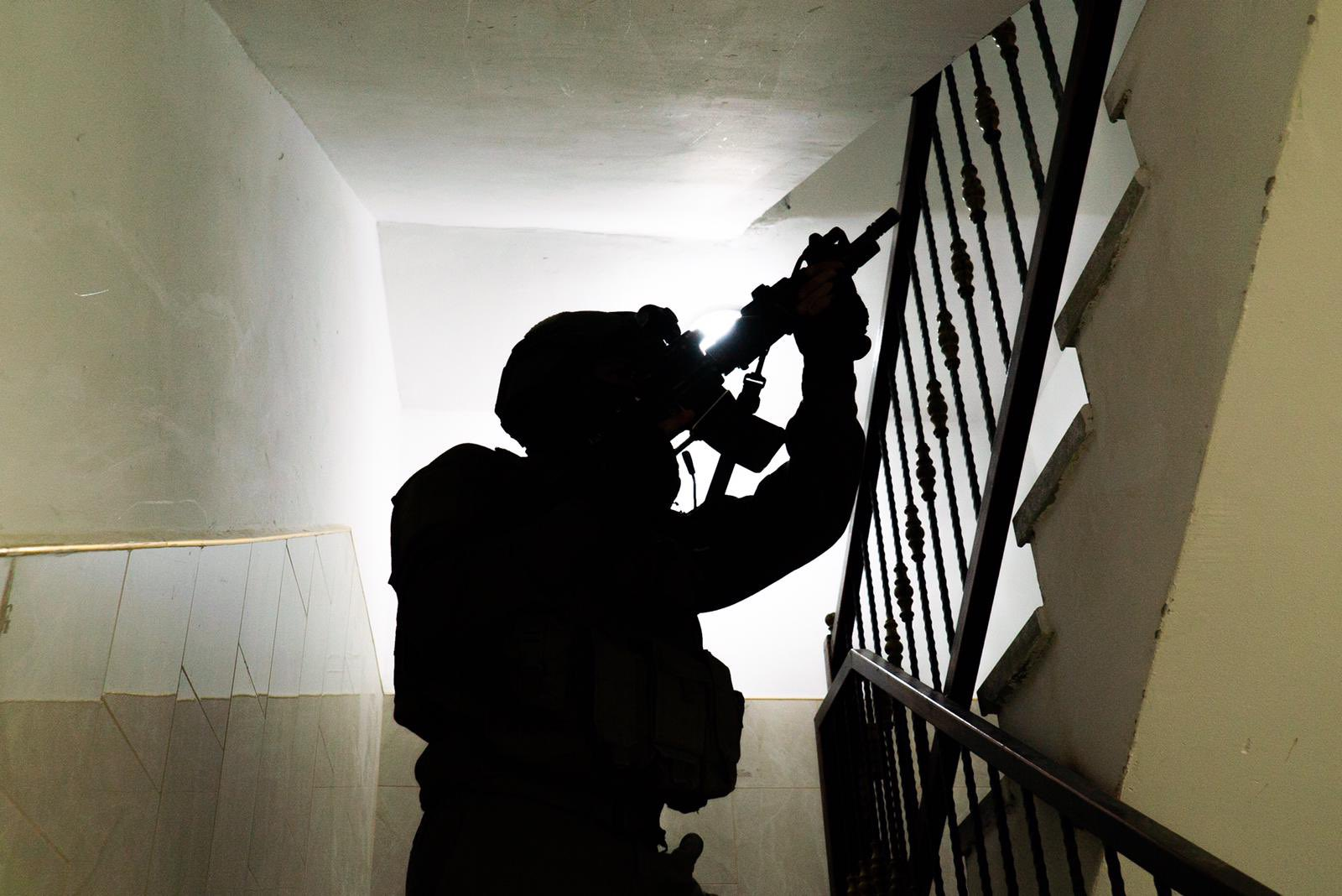Fegyveres támadás a Tapuach csomópontnál – a hadsereg több embert őrizetbe vett | Szombat Online