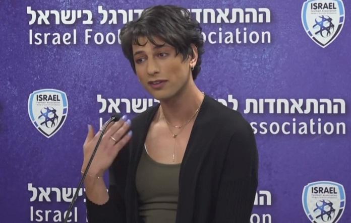 Transznemű labdarúgó játékvezető az izraeli Premier League-ben