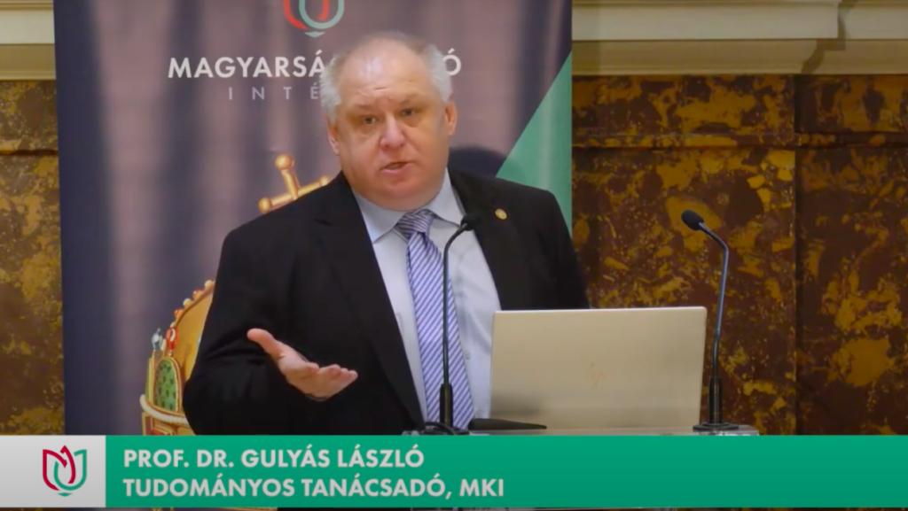 Kirúgták a Szegedi Tudományegyetemről a rasszista és szexista kijelentéseiről elhíresült oktatót