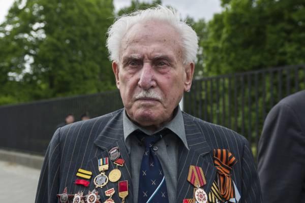 Moszkvában temetik el David Dushmant, Auschwitz egyik felszabadítóját