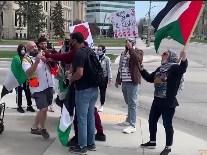 Te zsidó vagy? – kérdezik az utcán | Szombat Online