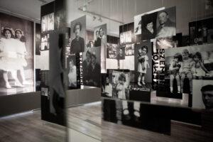 Egy (szombathelyi) kiállítás képei Izraelben