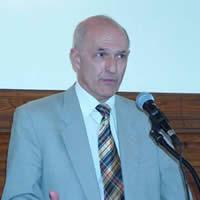 Valki László