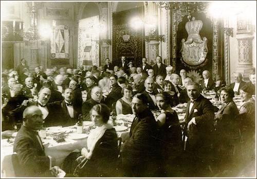 A neológ Pesti Izraelita Hitközség széderesti, ünnepi vacsorája..jpg