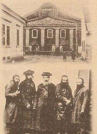 máramarossziget zsidók a templom előtt.jpg