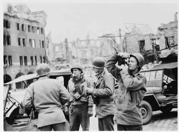 amerikai katonak felszabadítók.jpg