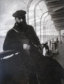 Theodor_Herzl_on_the_passage_to_Egypt.jpg