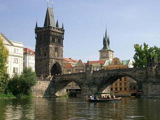 Leginkább a szlovákokat, legkevésbé a romákat kedvelik a csehek