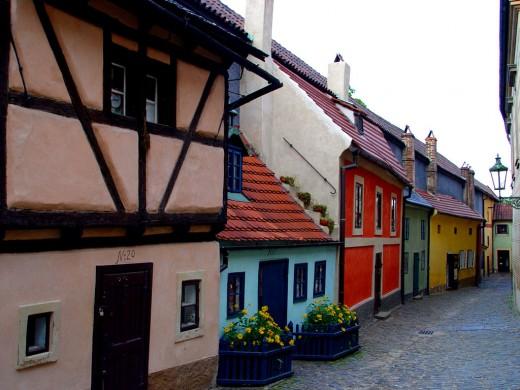 Aranyutca, Prága