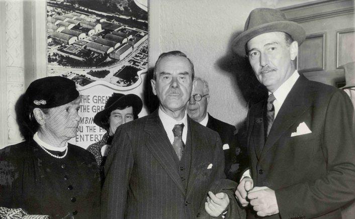 03_Thomas Mann és felesége a Warner Bros. Stúdióban