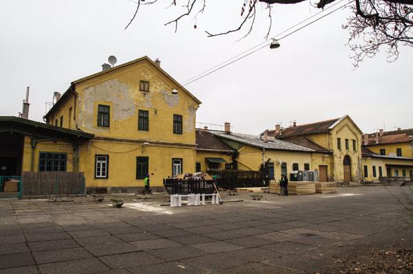 sorsokhaza1351