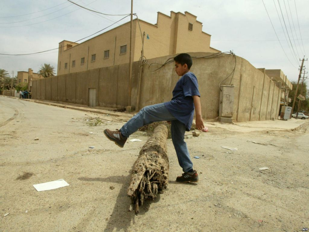 04 egy bagdadi zsinagóga ma, lezárva