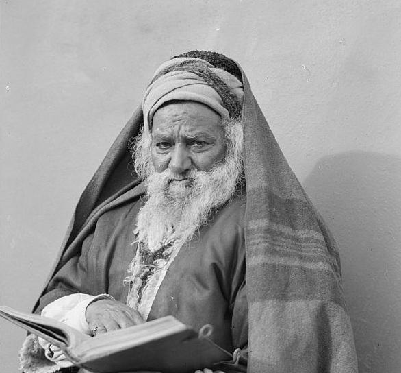 08_Yemenite Rabbi Abram1