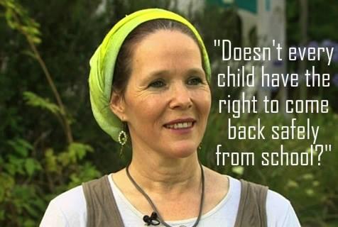egyik elrabolt izraeli fiú anyja