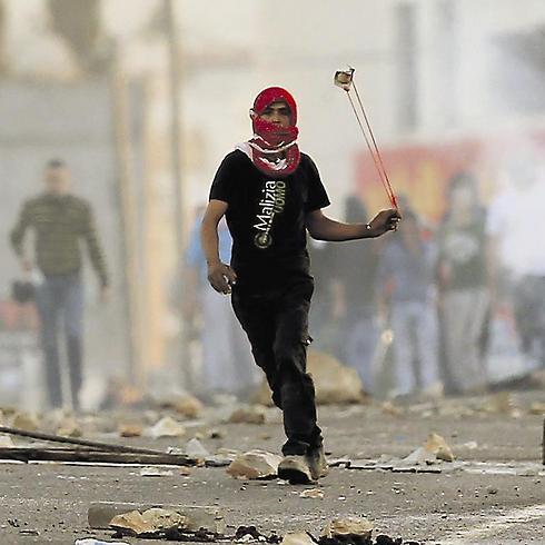 palesztin kődobáló