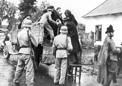 3 - 1941, az idegennek nyilvánítottak deportálása forrás Yad Vashem