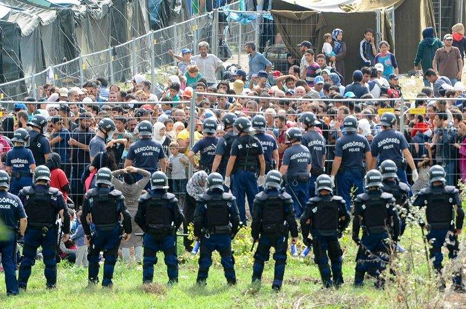 rendőrök Reuters