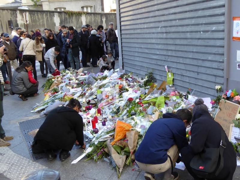 A párizsi terror utáni gyász