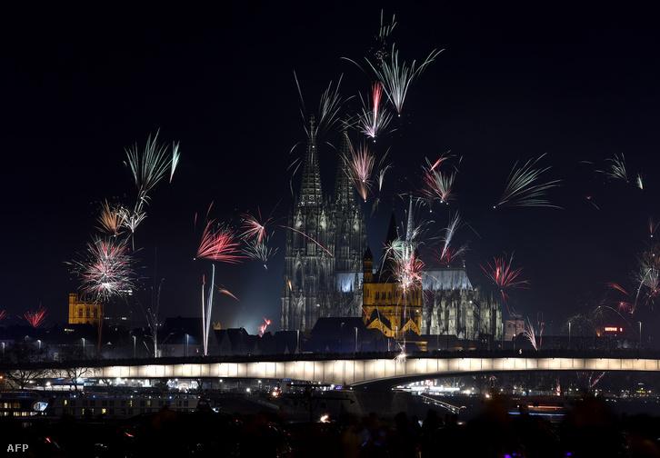 Köln városa szilveszterkor Fotó Patrik Stollarz AFP