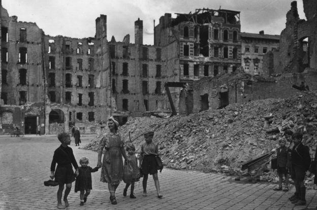berlin romokban
