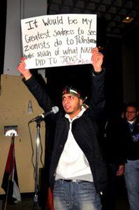Minden üldözöttet megvédenek, kivéve a zsidókat