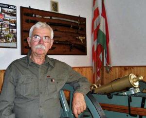 Húsz éve volt a hatóságok látókörében a szélsőjobboldali Györkös, aki tegnap megölt egy rendőrt