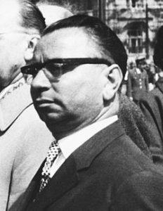 """Kovács András: """"Rendteremtés"""" a hitközségben 1956 után"""