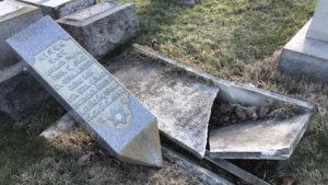 Tömeges sírgyalázás Philadelphia zsidó temetőjében