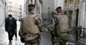 Franciaország: jelentősen csökkent az antiszemita és rasszista cselekmények száma