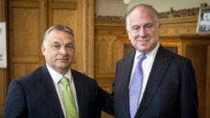 Lauder Orbánnál az izraeli miniszterelnök látogatása előtt