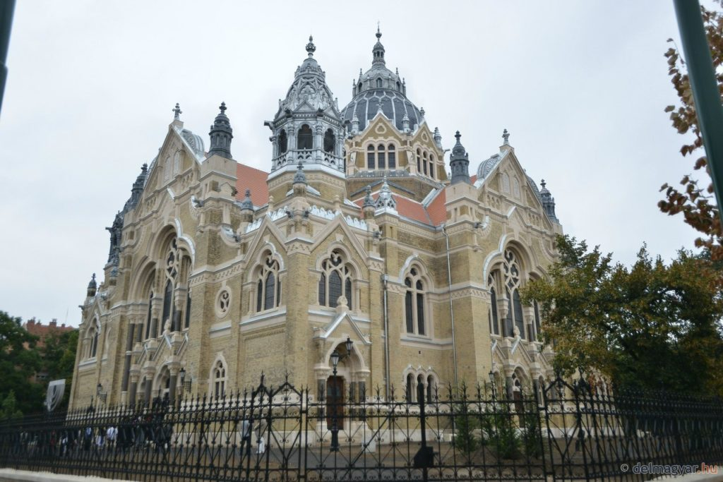 Átadták a felújított szegedi zsinagógát